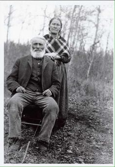 Louis Letendre & Angélique Dumas ~ (Métis) ~ Batoche, Sask 1910 Source: Société historique de Saint-Boniface