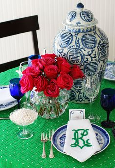 navy blue, emerald green, hot pink tablesetting with monogram napkins from @Madison 214  #thepartydressmagazine