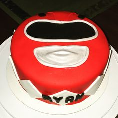 Red power ranger cake!