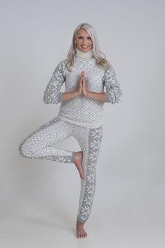 Ellinor genser og bukse - Viking of Norway Alpacas, Knitting Stitches, Vikings, Knit Crochet, Sweaters, Blog, Norway, Inspiration, Dresses