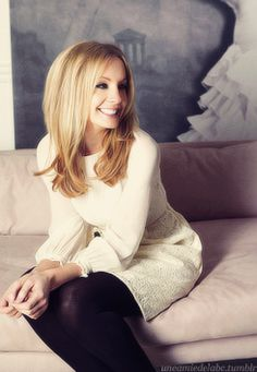 joanne froggatt. Anna from Downton Abbey she looks so different here. Make-up and hair make such a difference!