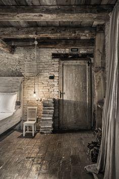 Home Decoration Online Shopping Stone Interior, Interior Paint, Interior Decorating, Interior Design, Meas Vintage, Vintage Stil, Cottage Interiors, Rustic Interiors, Rustic Bathroom Designs