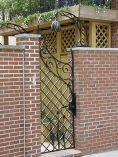 Tulip gate 2
