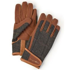 Dig The Glove from Burgon & Ball. A collection of high quality men's gardening gloves, offering high performance with a touch of style. Explore the range today. Nylons, Garden Bags, Garden Gifts, Garden Tools, Tweed Men, Together Fashion, Tweed Fabric, Gardening Gloves, Gardening Books
