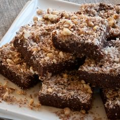 Raw Hazelnut Chocolate Brownies #Raw #recipe #chocolate