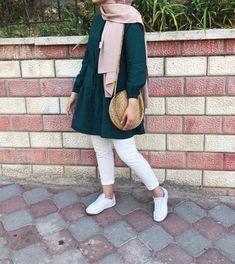 Modern Hijab Fashion, Pakistani Fashion Casual, Hijab Fashion Inspiration, Muslim Fashion, Modest Fashion, Fashion Outfits, Emo Fashion, Casual Hijab Outfit, Casual Outfits