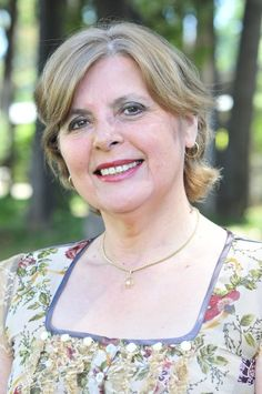 Escritores del Mundo – Gladys Gutiérrez Fernández http://www.encuentos.com/biografias/entrevista-a-gladys-gutierrez-fernandez/