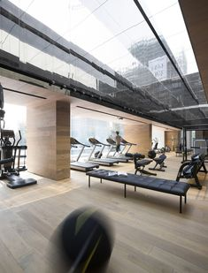 Sky Club House Gym by Domani Gym interior Academia Bodytech, Casas Club, Gym Club, Gym Interior, Interior Design, Studio Interior, Hotel Gym, Gym Lockers, Home Gym Design