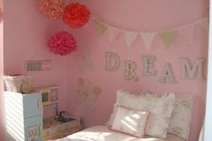 'Dream' wall plaque girls room