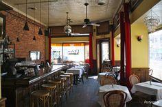 L'Enfant Cafe | A Cute Restaurant for your Washington, DC Rehearsal Dinner | www.partyista.com