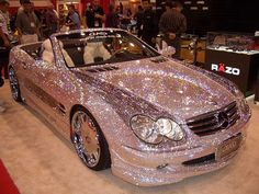 I'm sure I can find a pink glitter dress to wear while driving this :). OH MY GOODNESS! Now that is bling bling sparkle sparkle! Bling Bling, Bling Car, My Dream Car, Dream Cars, Dream Big, Jaguar, Tout Rose, Cute Cars, Funny Cars