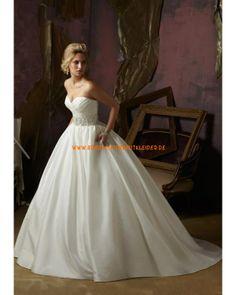 Extravagante Brautkleid aus Satin im Prinzessinstil 2013