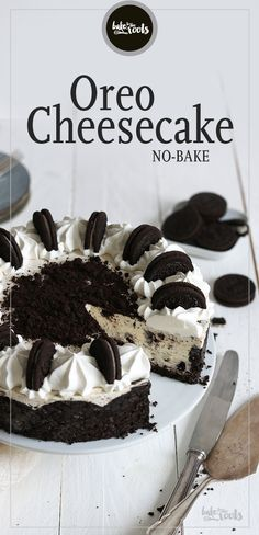 Oreo Cheesecake No-Bake Bake to the roots Oreo Cheesecake No-Bake Bake to the roots Kristin krittikuh Backen Haupts chlich Sahne und Frischk se etwas verfeinert mit wei er Schokolade nbsp hellip The Cheesecake Factory, No Bake Oreo Cheesecake, Pumpkin Cheesecake Recipes, Pumpkin Recipes, Raspberry Cheesecake, Healthy Dessert Recipes, Baking Recipes, Health Desserts, Biscuit Oreo