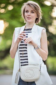 Дарья Камалова из thecablook ком в Милане Fuori Salone 2014 носить sleveless белый возлагает куртку с бойфрендом рваные джинсы и Gucci дискотека BOHO сумка-42 копия