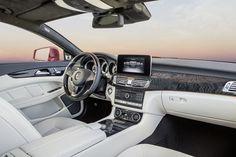 Mercedes-Benz-CLS-14C472_035