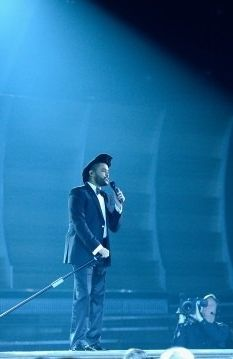 """The Weeknd performed an electrifying rendition of """"Can't Feel My Face"""" at the 2015 Grammys"""