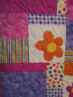 close up, the stitches match the flowers!