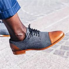 Men's retro fashion color matching Lace up Pointed casual shoes Latest Fashion Clothes, Retro Fashion, Mens Fashion, Cap Toe Shoes, Men's Shoes, Taft Shoes, Mens Business Shoes, Fashion Colours, Shoes