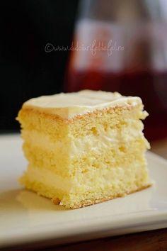 Prajitura pufoasa cu crema de lamaie Sweets Recipes, Cake Recipes, Romanian Desserts, Romanian Food, Sweet Tarts, Homemade Cakes, Dessert Bars, Christmas Desserts, Cake Cookies