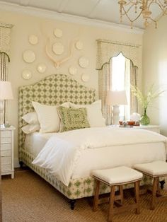 Best Planning For Foot Of Bed Decoration: Charming Traditional Bedroom Design With Twin Upholstered Footboard Design On The Wicker Carpet And Acrylic Chandelier ~ HOMESBRO Bedroom Inspiration