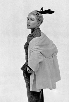 1952 Genevieve in gabardine jacket-stole worn over suit by Pierre Balmain, photo by Pottier