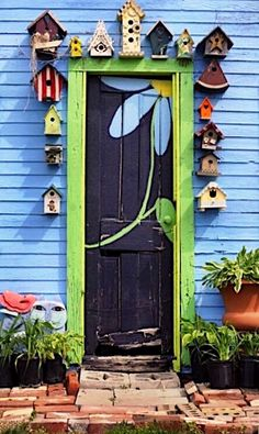 Entrance to the Potting Shed of 'The Garden Junkie' in Nebraska. I might take it down a notch to go with my decor, but bird houses around a shed door are cute! Painted Doors, Yard Art, Windows And Doors, Diy Painting, Garden Painting, House Painting, Home And Garden, Outdoor Decor, Birdhouses