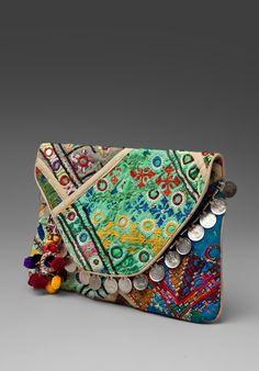 Antik Batik Aden Clutch/Wallet in Cream Pochette Diy, Gypsy Bag, Ethnic Bag, Moda Boho, Boho Bags, Boho Diy, Bohemian, Clutch Wallet, Clutch Bags
