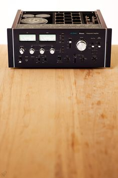 """Sansui - AU-20000 ,Vintage Audiophile High End Amplifier"" !... http://about.me/Samissomar"
