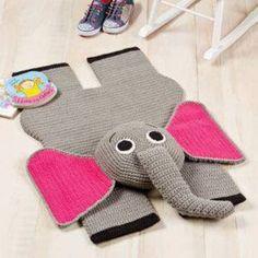 çocuk odaları için tığ işi fil figürlü paspas örneği