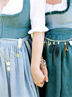 Leben, Liebe und eine Trachtenhochzeit - Wedding Style Shooting von peachesandmint | inspiration for raredirndl.com