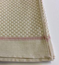 Canovaccio in cotone texture bianco e tortora , grana di riso tortora, righe rosse.