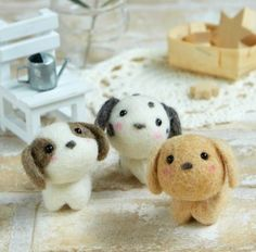 Items similar to DIY handmade felt wool Corgi --- Japanese kit package on Etsy Needle Felting Kits, Needle Felting Tutorials, Needle Felted Animals, Wet Felting, Felt Animals, Felt Dogs, Little Puppies, Handmade Felt, Felt Art