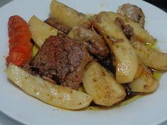 ΜΑΓΕΙΡΙΚΗ ΚΑΙ ΣΥΝΤΑΓΕΣ: Μοσχάρι με πατάτες φούρνου! Cyprus Food, Greek Recipes, Pot Roast, Carne, Recipies, Beef, Ethnic Recipes, Black, Fashion
