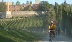 Fietsen op het vaste parcours van de Eroica in Toscane