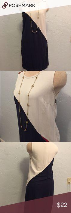 Zooey Deschanel for Tommy Hilfiger Shift Dress. Sporty/Nautical Zooey Deschanel Shift dress. Seem pocket. Perfect for summer. Size 4 Shelley dress. Tommy Hilfiger Dresses