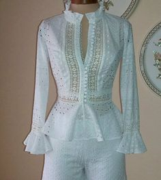 White eyelet blouse, ruffles, lots of buttons - Salvabrani Blouse Styles, Blouse Designs, Indian Designer Wear, White Outfits, Lace Tops, African Fashion, Designer Dresses, Fashion Dresses, Womens Fashion