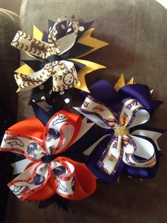 Hair bows! Denver Bronco hair bow. Lakers hair bow. Steelers hair bow . Available for purchase on Instagram @evasbows $4 each
