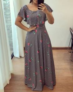 I think dresses like this look soooo much better on girls and women than those skin tight dresses. Modest Dresses, Cute Dresses, Casual Dresses, Modest Clothing, Funky Dresses, Modest Wear, Tight Dresses, Modest Outfits, Women's Clothing