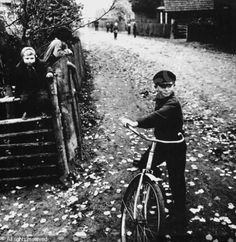 sutkus-antanas-1939-lithuania-village-in-lithuania-2200162