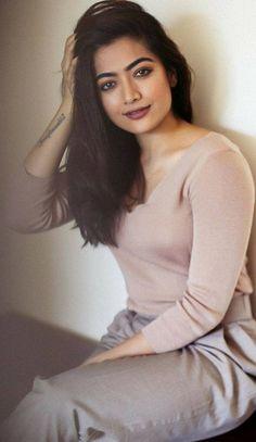 Most Beautiful Indian Actress, Beautiful Actresses, Actress Priya, South Actress, 4k Hd, Indian Celebrities, Indian Actresses, Fashion Dresses, High Neck Dress