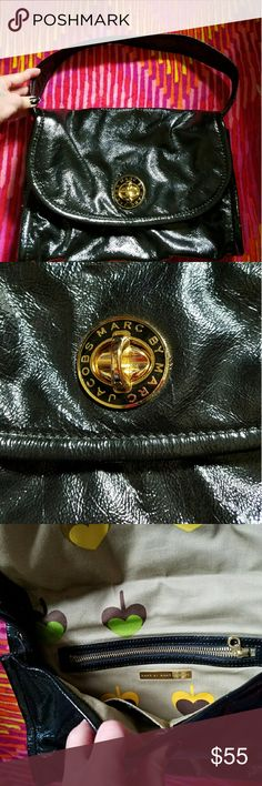 Marc by Marc jacobs patent leather handbag/clutch Will trade Marc by Marc jacobs patent leather handbag that converts into a clutch, the strap has snap buttons if you want to take it off  9.5 H 13L,Will trade for another clutch of same value Marc by Marc Jacobs Bags Shoulder Bags