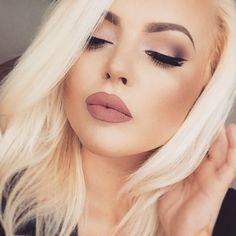 Anastasia Beverly HIlls Liquid Lipstick in Pure Hollywood & NYX Cosmetics nude pink lip liner/ matte lip cream stockholm