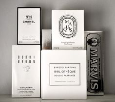 Black & White // scented products packaging