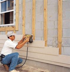Fiber-cement siding is recommended in all climates, but is ideal for hot, humid regions. No matter how wet it gets, it won't rot. And because of the cement and sand content, it's termite-resistant House Cladding, House Siding, Siding For Houses, Shiplap Siding, Vinyl Siding, Hardiplank Siding, Exterior Siding, Exterior Remodel, Bungalow Exterior