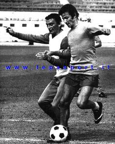 Gigi Riva e Luciano Spinosi In allenamento con la Nazionale Italiana Calcio ... ⚽️ C'ero anch'io ... https://www.casatepa.it/ Made in Italy dal 1952 #tepasport #sneakers #madeinitaly #weareback