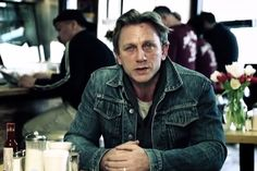 Daniel Craig, Benicio Del Toro and Steve Carell have joined US President Barack Obama and Vice-President Joe Biden in a film that aims to end sexual assault on college campuses (scroll to watch the video). Daniel Graig, Seth Meyers, Steve Carell, Emotion, Every Man, Famous Men, Patriarchy, The Victim, Barack Obama