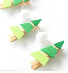 Easy DIY felt Christmas tree garland from clothespins // Egyszerű filc csipesz karácsonyfa füzér - karácsonyi dekoráció // Mindy - craft tutorial collection // #crafts #DIY #craftTutorial #tutorial