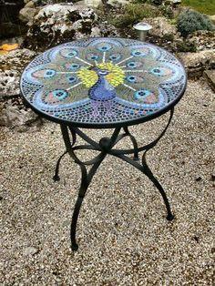 """Мозаичные столик """"Павлин""""."""