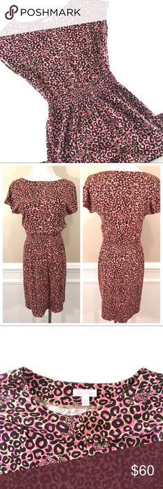 """Lilly Pulitzer Pink Leopard Print Sadie Dress (S) 🔹96% Cotton, 4% Spandex 🔹Cap sleeved dress with a wide smocked waistband. 🔹Chest: 35"""" (17.5"""" laid flat)  🔹Waist (un-stretched elastic): 22"""" (11"""" laid flat)  🔹Length (shoulder to hem): 34"""" Lilly Pulitzer Dresses Mini"""