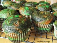 Look what we found...camoflauge cupcakes with camo liners. Now you see them, now you don't! Cool.